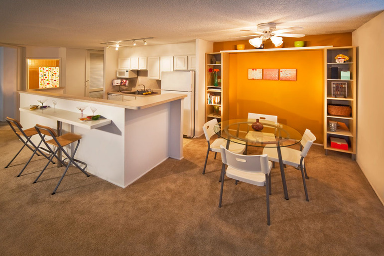 Gallery | Riley Towers Apartments - Downtown Indianapolis